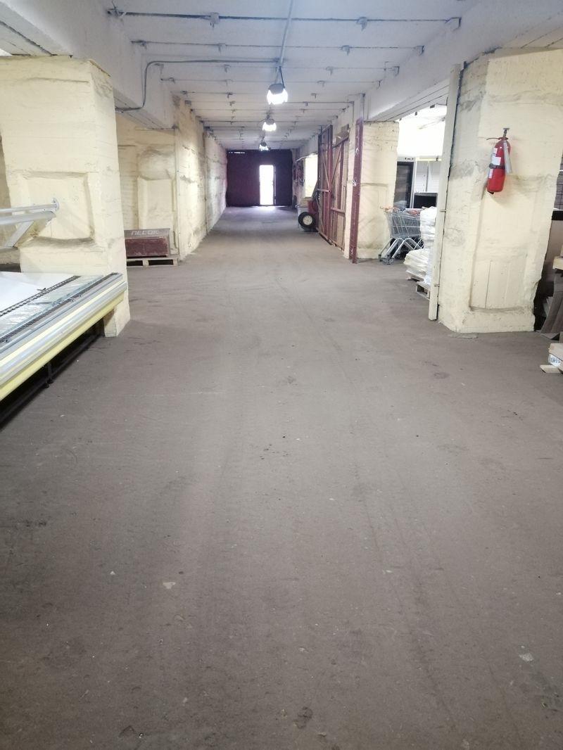 Сдаются складские помещения, площади от 55 квадратов до 425 квадратов.