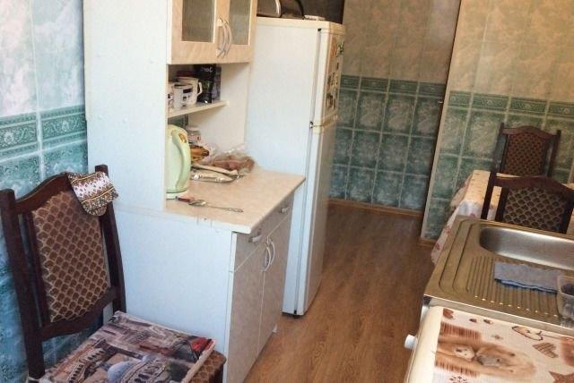 Сдается уютная комната в трхкомнатной квартире, все после свежего рем ...